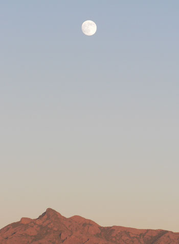 Moon over Las Cruces
